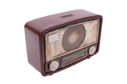 Mnk - Dekoratif Metal Radyo Kumbaralı (1)