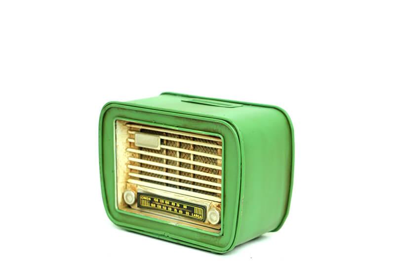 Dekoratif Metal Radyo