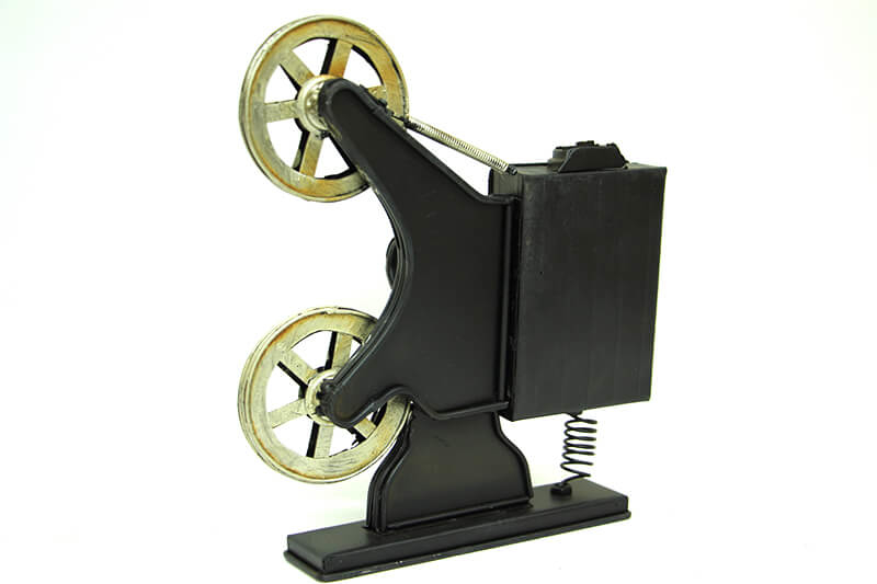 Dekoratif Metal Sinemaskop Saat