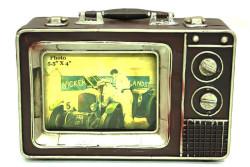 MNK - Dekoratif Metal Televizyon Bavul