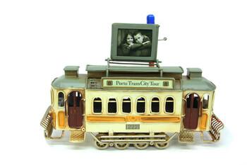 MNK - Dekoratif Metal Tramvay Çerçeveli (1)
