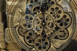 Çarklı Duvar Saati Sarıoksit - Thumbnail