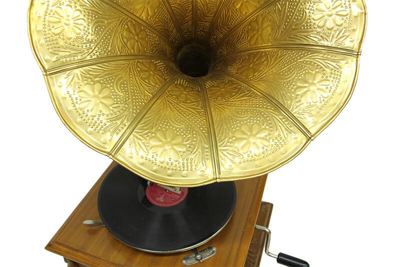 Gramofon Kare Oymalı 533