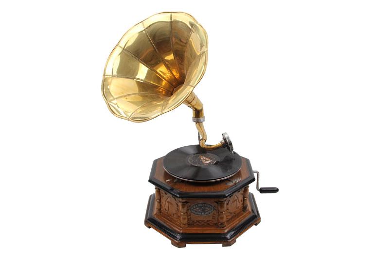Ahşap Gramofon Sekizgen Oymalı 533