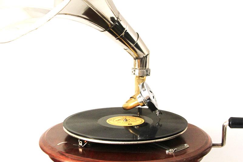 Gramofon Yuvarlak 533