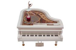 - Piyano Müzikli